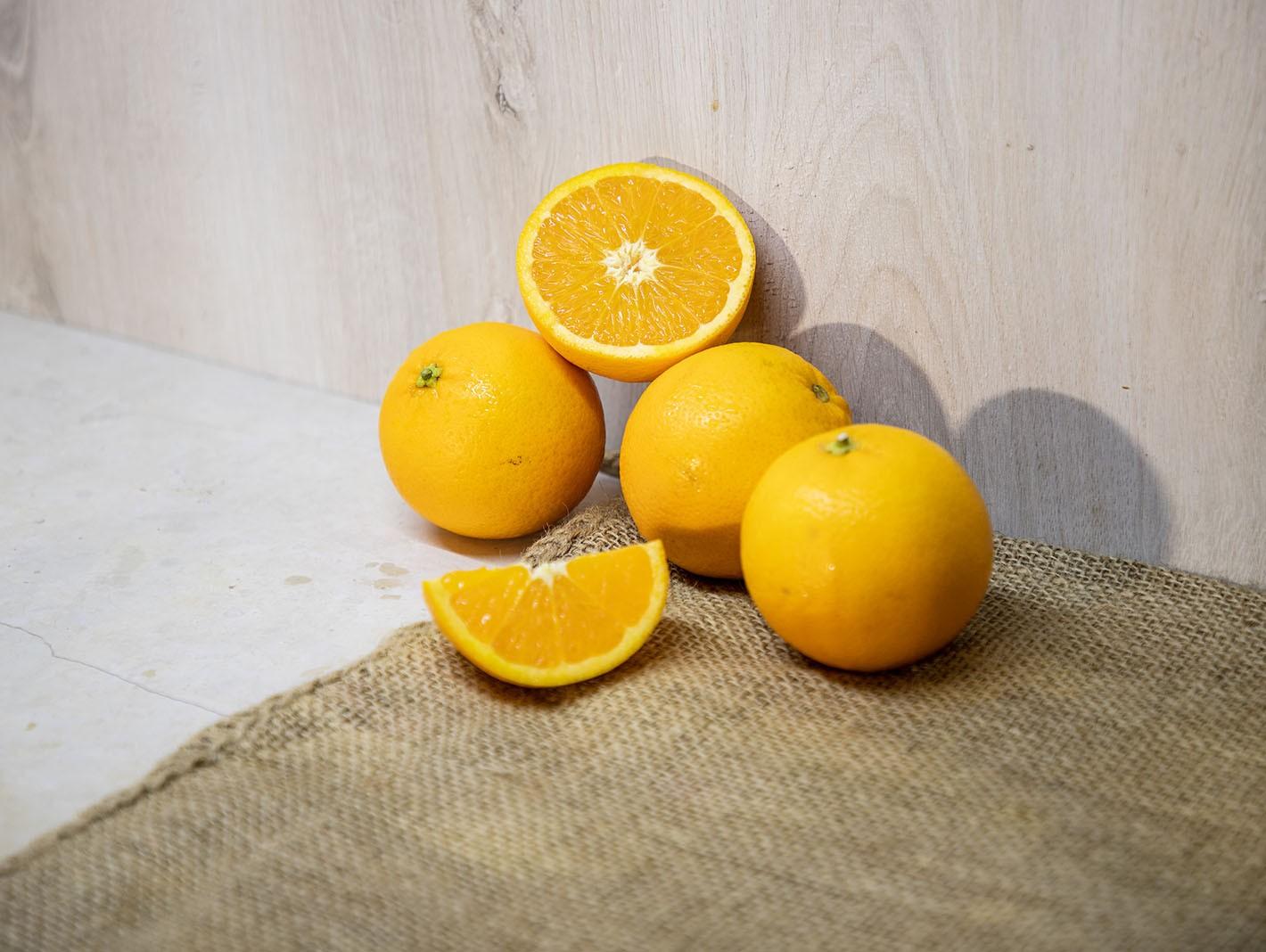 Oranfrutta Valencia Oranges for fresh-squeezed juice